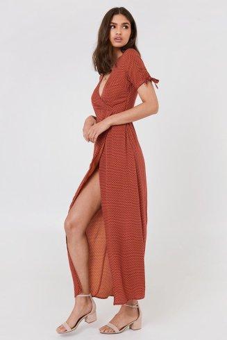 Morpho V robe nakd 1